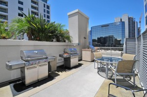Acqua-Via-BBQ_Little-Italy_San-Diego-Downtown