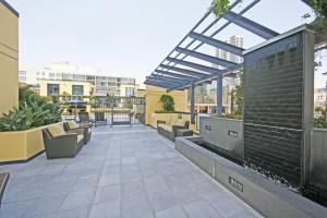 Bayside-Courtyard_Columbia_San-Diego-Downtown