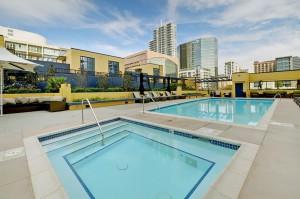Bayside-Pool_Columbia_San-Diego-Downtown
